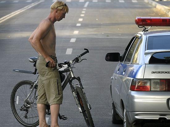 В Москве могут ввести права для велосипедистов: мнения за и против
