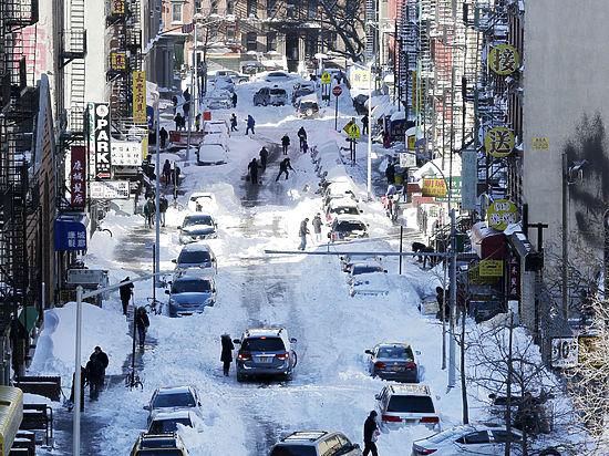 Америка приходит в себя после снежной бури