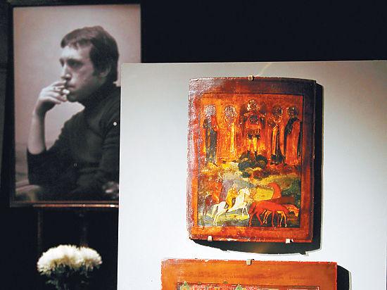 Свадебную икону Высоцкого передали его музею
