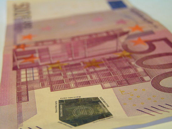 Купюры в 500 евро отменят медаль збз