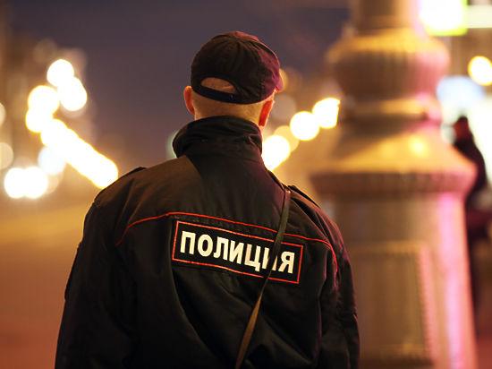 У московских полицейских начали отбирать загранпаспорта