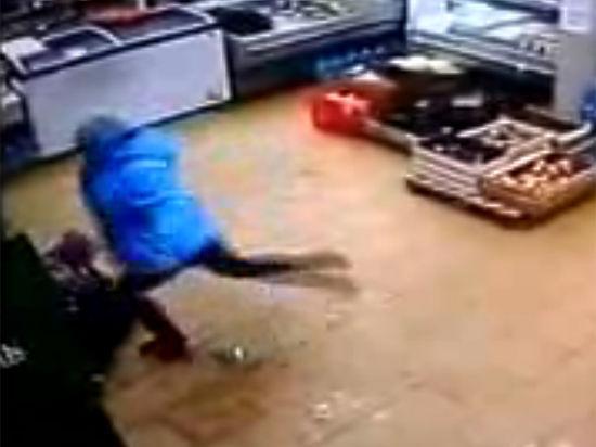 Следователи забрали ребенка, избитого психически больной мамой из-за денег