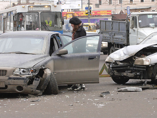 Назван самый опасный для автомобилистов день недели