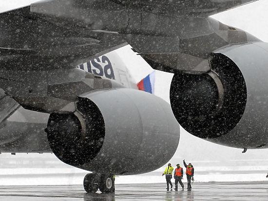 В Новосибирске аварийно сел Boeing-767 с десятками детей на борту