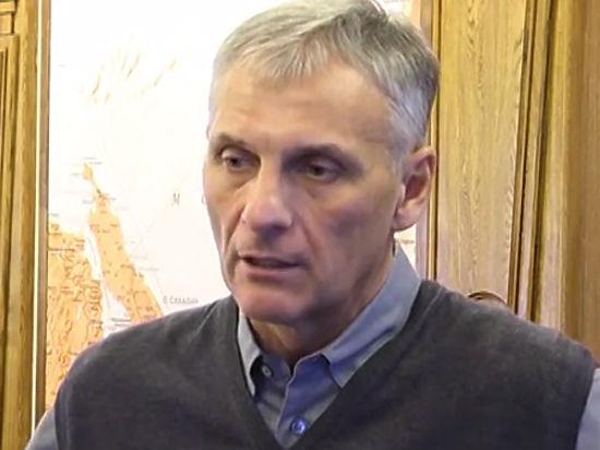 Экс-глава Сахалина Хорошавин пожаловался, что не видится с семьей