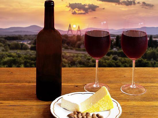 Пивший вино вместо воды испанец дожил до 107 лет