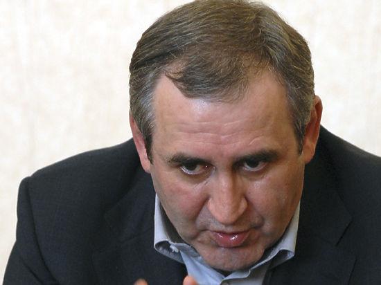 «Единая Россия» ждет фигурантов уголовных дел для участия в праймериз