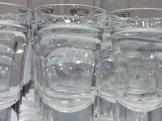 МВФ беспокоит повальное пьянство на Украине