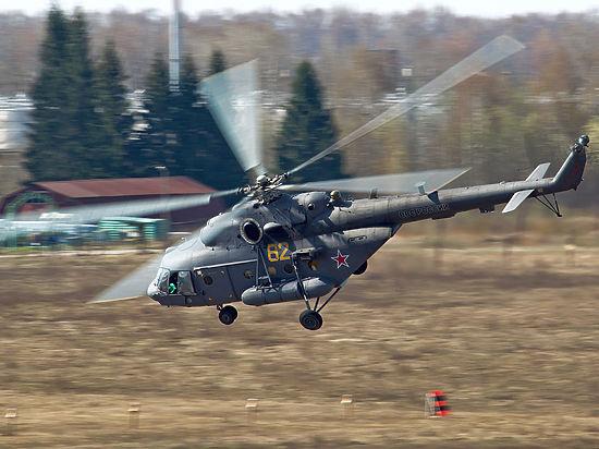 Вертолет Ми-8 разбился под Псковом, экипаж погиб