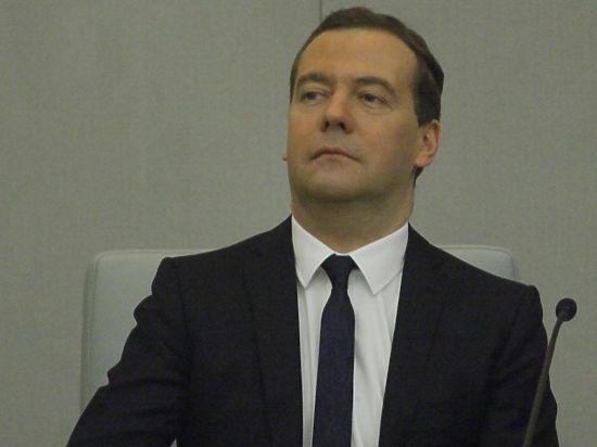 Медведев попался на законотворческом плагиате