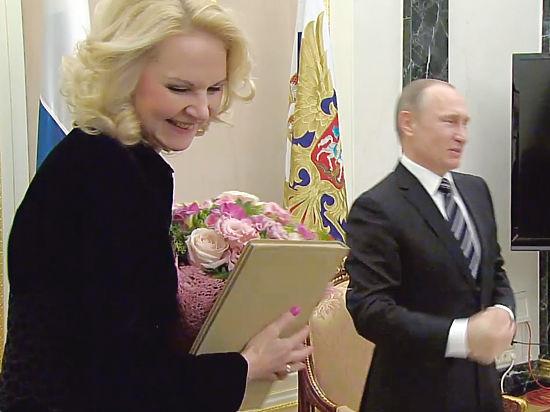 После доклада министра Путину под двумя губернаторами зашатались кресла
