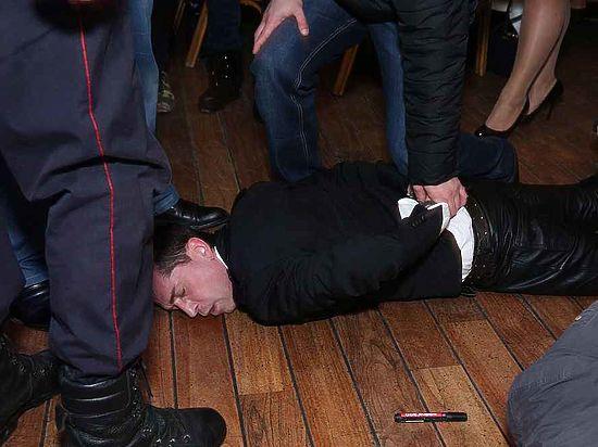 В Москве полицейские задержали солиста группы