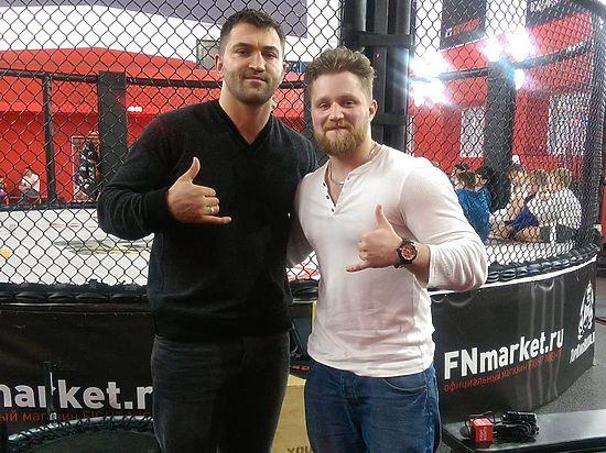 Андрей Орловский: о титуле UFC, любви к хоккею и многом другом