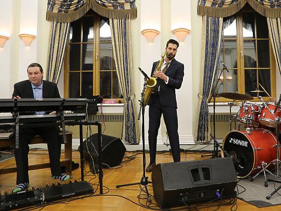 Электроорганный джаз нью-йоркского разлива