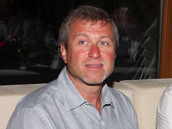 Абрамович пожаловался на «жалкий бассейн» в особняке за £100 млн