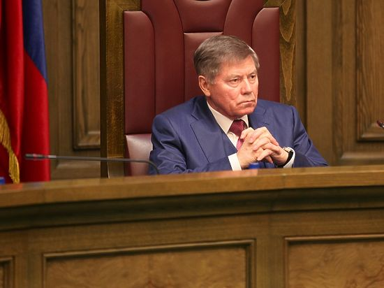 Глава Верховного суда объяснил, как могут прощать алиментщиков
