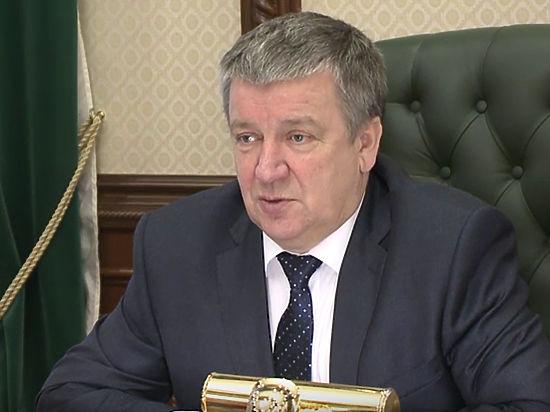 Кресло зашаталось сильнее: Путин объявил выговор главе Карелии