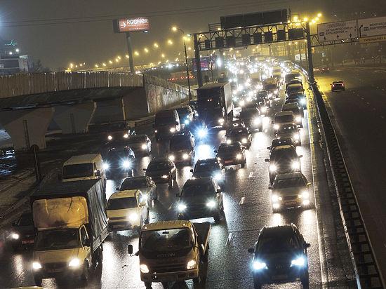 В Москве дорожные камеры готовы отлавливать нарушителей без фар