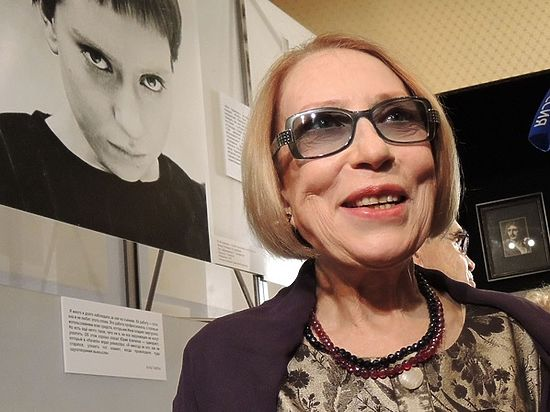 Инна Чурикова не узнала себя в своем памятнике