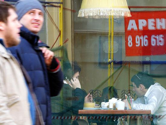 Рестораны теряют доходы от вечеринок и корпоративов