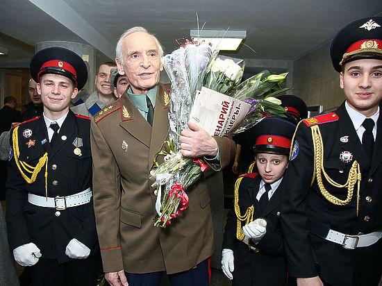 Быстрицкая и Лановой снова помолодели ради 45-летия фильма «Офицеры»