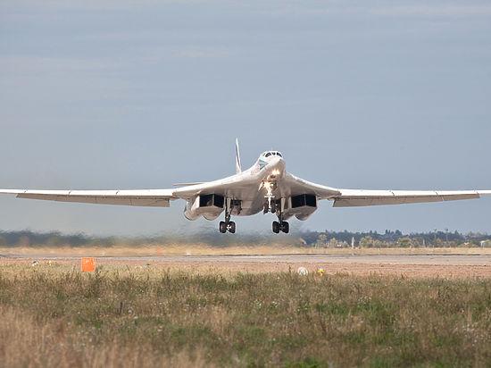 Минобороны Британии прокомментировало перехват российских Ту-160