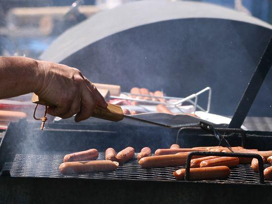 Диетологи перечислили опасные последствия, которыми чреват отказ от мяса