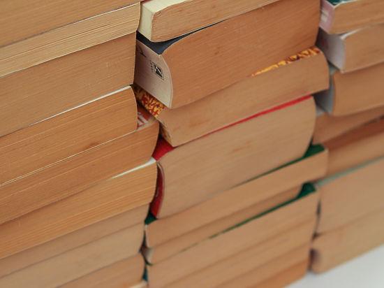 Книги Аксенова из Америки в Россию перевозили