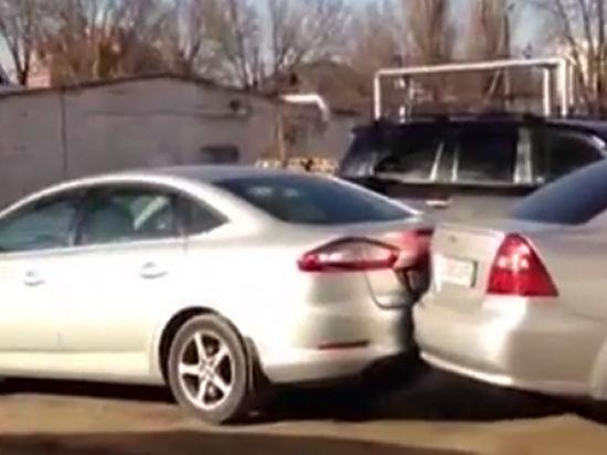 Пьяная женщина, протаранившая 9 машин, заплатит 30 тысяч рублей штрафа