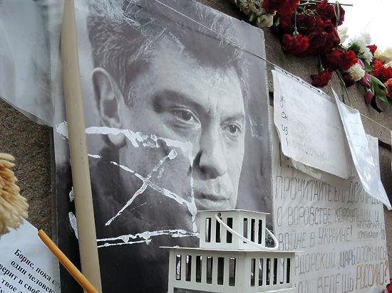 Память Немцова увековечат у сквера в честь чеченских сепаратистов