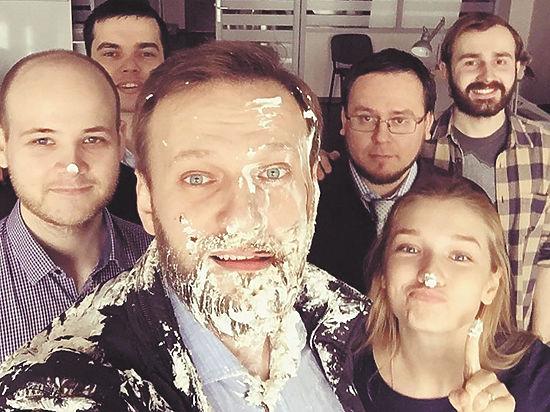 «Тортинг» 2.0: вслед за Касьяновым напали на Навального