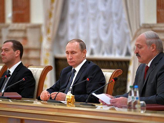 Лукашенко  рассмешил Путина, назвав его «Дмитрий Анатольевич»