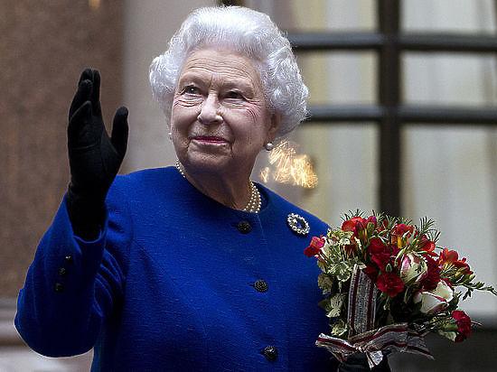 Королева Елизавета II вернула Викторианскую цепь Николая II