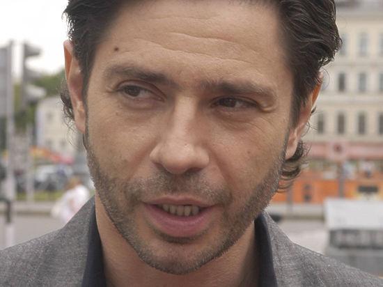 Подробности задержания актера Валерия Николаева: устроил дебош в автосалоне