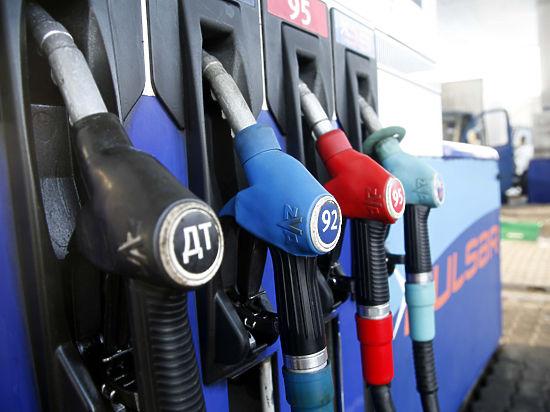 Правительство запустило «бензиновую косилку»: повышаются акцизы на топливо