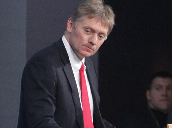 Песков: Путин и Медведев соблюли Конституцию, одновременно уехав в Минск