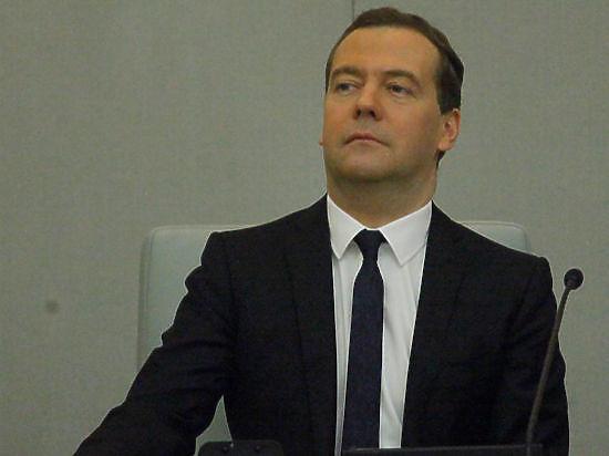 Медведев скрыл от россиян, сколько потратили на борьбу с кризисом