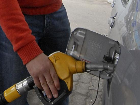 Подпись Путина резко повысила акцизы на автомобильное топливо