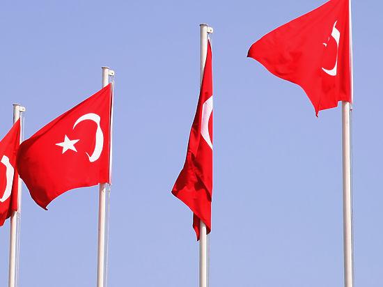 ВЦИОМ: россияне требуют поставить Турцию на колени