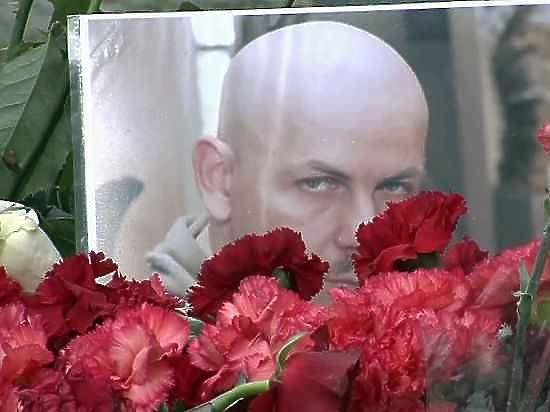 Мать Олеся Бузины надеется, что убийцы сына утонут в ее слезах