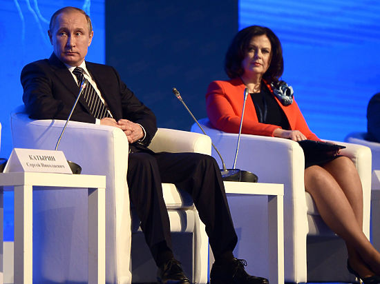 Путин вошел в жесткий клинч с предпринимателями на съезде ТПП
