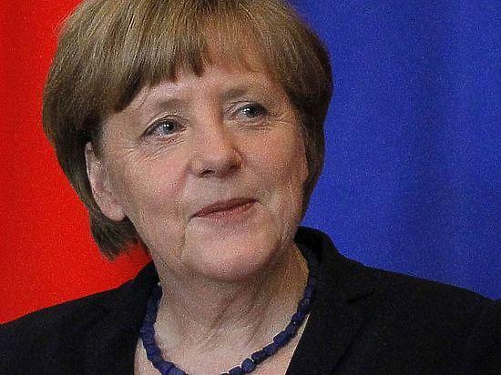 Меркель мечтает контролировать происходящее в мире