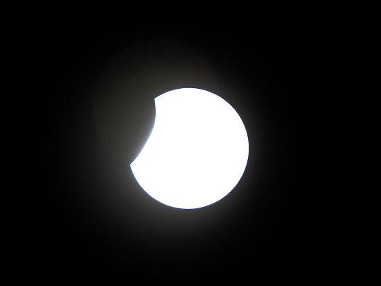 Полное солнечное затмение произойдет 9 марта