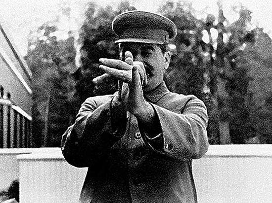 В день смерти Сталина в Кремле спорят о дате его рождения