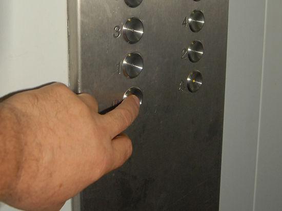 В Москве осужден кладовщик, нападавший на девочек в лифтах