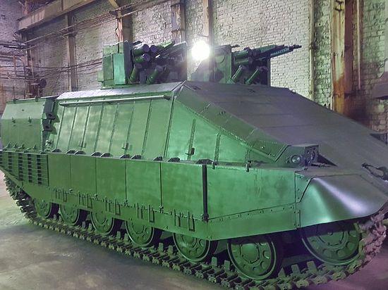 На Украине собрались «возвращать Восток» с помощью инновационного танка «Азовец»