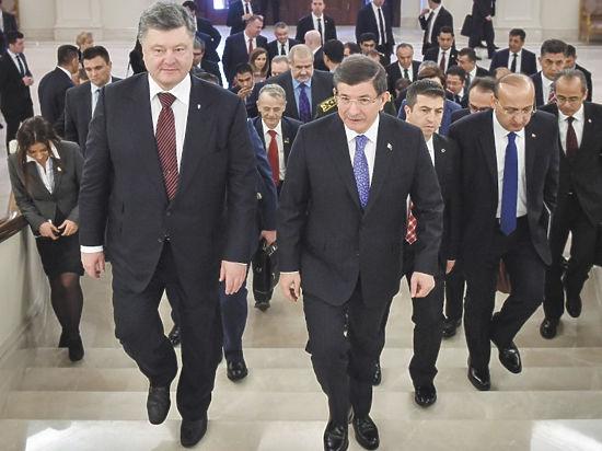 Порошенко отправился в Турцию: чего ждать России