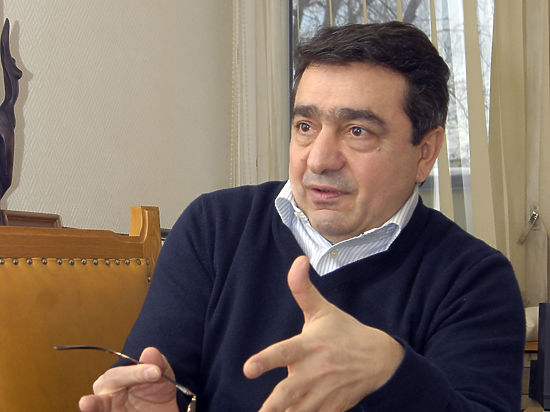 Режиссер и журналист Ашот Джазоян устроил премьеру с армянским вкусом