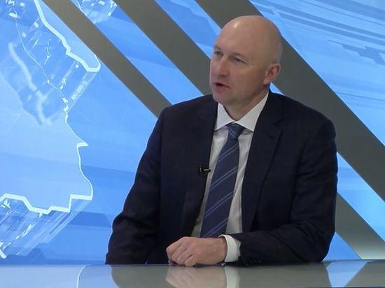 Депутат Старшинов объяснил, как раздвоился для прямого эфира разных телеканалов