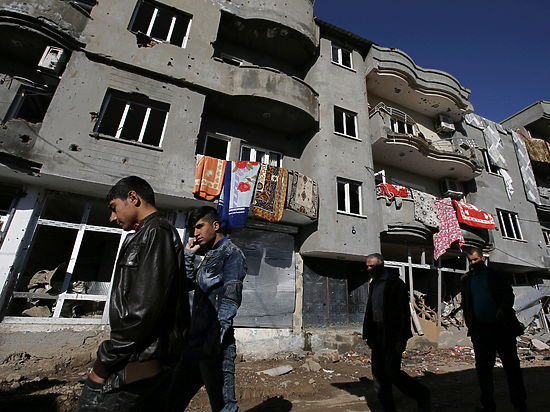 Пряник курдам: Россия и Запад обсуждают федерализацию Сирии